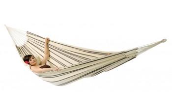 Even gezellig wegdromen in deze hangmat van Braziliaanse topkwaliteit!