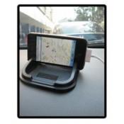 Handig in de auto: sticky dashboard pad